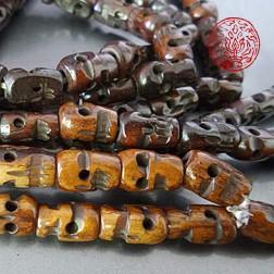 Superbe Mala de prière 108 crânes en os de yack miel du Tibet