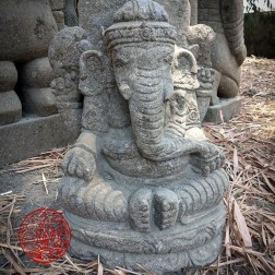 sculpture GANESH en pierre volcanique 82cm