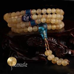 japa Mala Tibétain en corne blonde AAA et cristal bleu dépoli 108 perles 6/7 mm