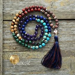 Mala de yoga et méditation 7 chakras en jaspe, rubis fushite, rhodonite, lapis, turquoise, cornaline 108 perles 8 mm